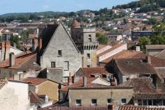 Vue de la tour Mataguerre : l'hôtel Sallegourde